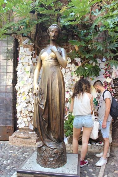 Juliet's statue