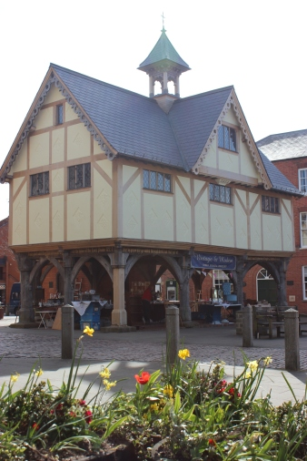 the old school house and vintage market