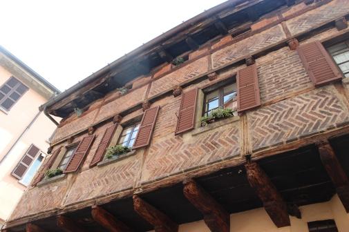 Renaissance housing